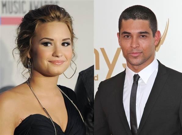 Demi Lovato dating Wilmer Valderrama 2014